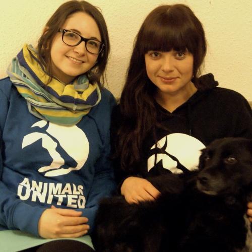 Leiterinnen der Gruppe: Desi und Lena