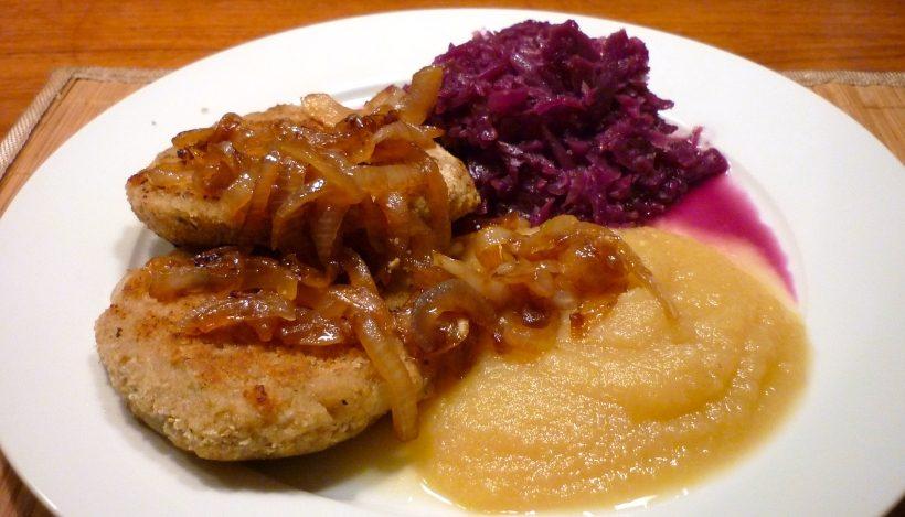 "Tierleidfrei genießen: Apfel-Zwiebel-""Kas""pressknödel"