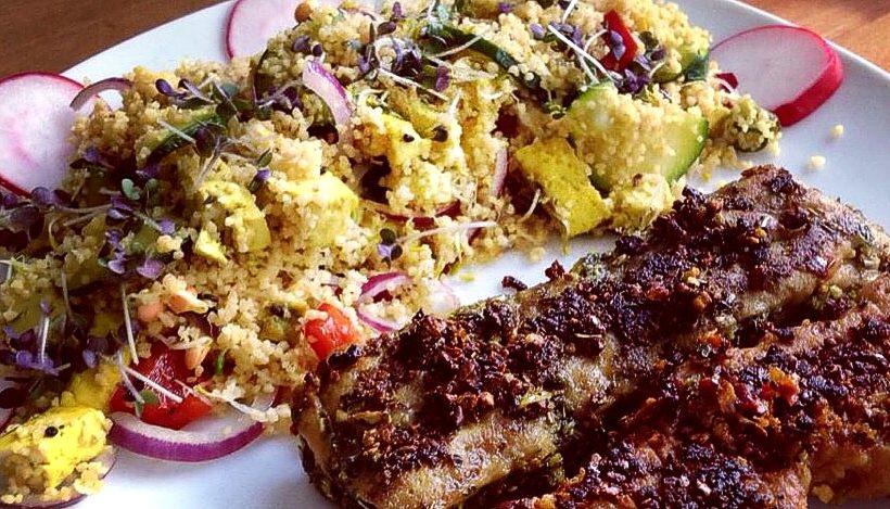 Tierleidfrei genießen: Couscous mit Tofu und Gemüse