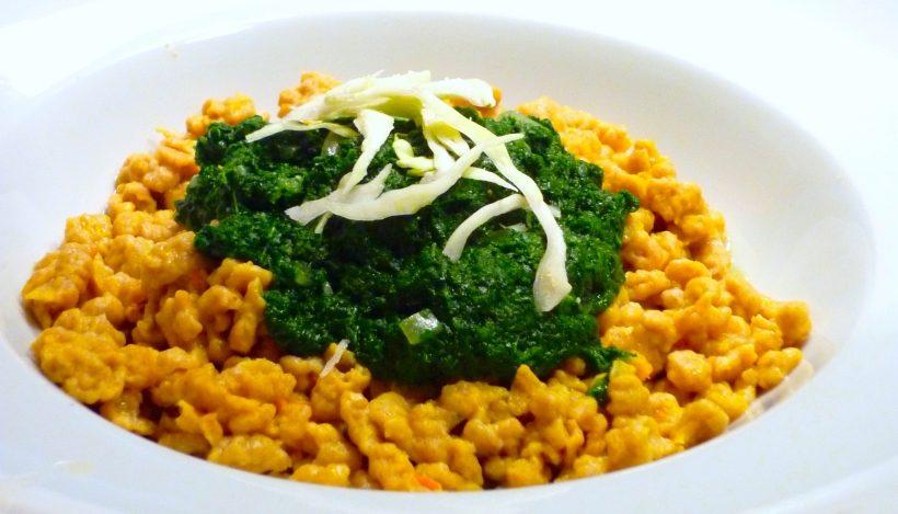 Tierleidfrei genießen: Kürbisspätzle mit Spinat