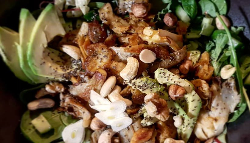 Tierleidfrei genießen: Leckerer Low Carb Salat