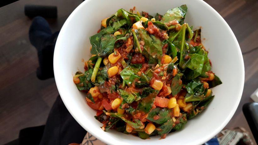 Tierleidfrei genießen: Spinat-Salat To Go
